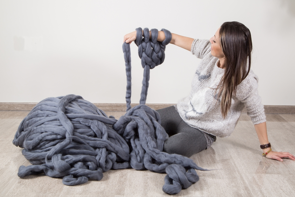 vs arm knitting yarn